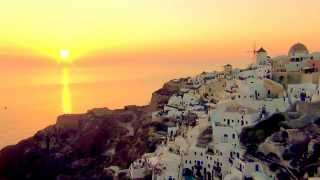 World-famous sunset at Oia, Santorini Greece 令人難忘的景色 – 伊亞的夕陽