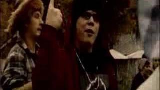 Ezkimo feat. Esa Pakarinen - Tytöt moi