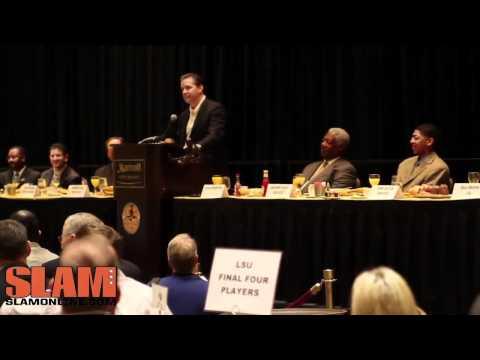 Anthony Davis accepts the Player of the Year Award - USBWA Oscar Robertson Award