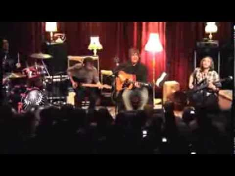 Fightstar - The English Way (Unplugged at The Picture Drome)