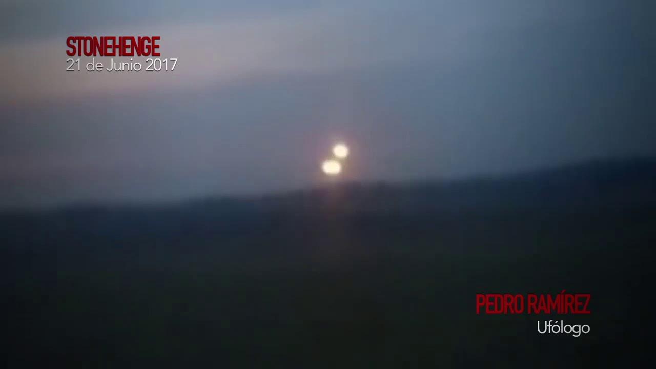UFO Spheres,Stonehenge,ENGLAND. REAL Non-Human Spacecraft