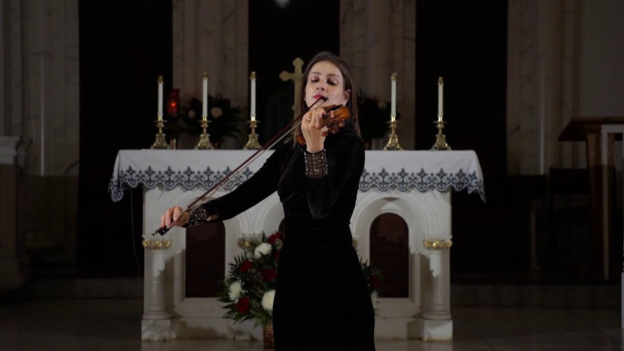 Olga Turkina plays violin ceremony music by NY Music Entertainment