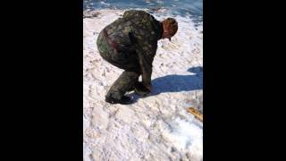 Ловля плотвы и окуня на мормышку на Байкале. Зимняя рыбалка 2018