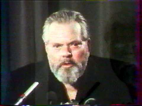 Orson Welles gives a talk at a Paris film school (1982) - Part 1