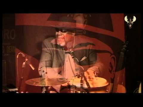 Big Daddy Wilson - Walk a mile in my shoes Live @ the Bluesmoose café