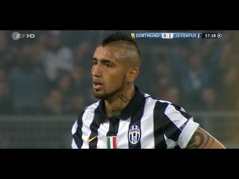 Arturo Vidal vs Borussia Dortmund 18.03.2015 (Away) HD