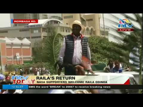 Raila Odinga makes his way through Mombasa Road