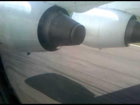 Trans Nusa Aviastar Landing at Komodo IAP