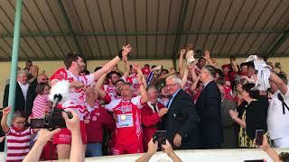 Bedous sacré champion de France de rugby 4e série : la remise du bouclier