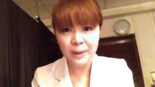 バストアップラボ考案者の大澤美樹さんが バストアップのアドバイスをし...