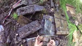 Коп по войне - схрон ящиков с патронами / Searching with Metal Detector