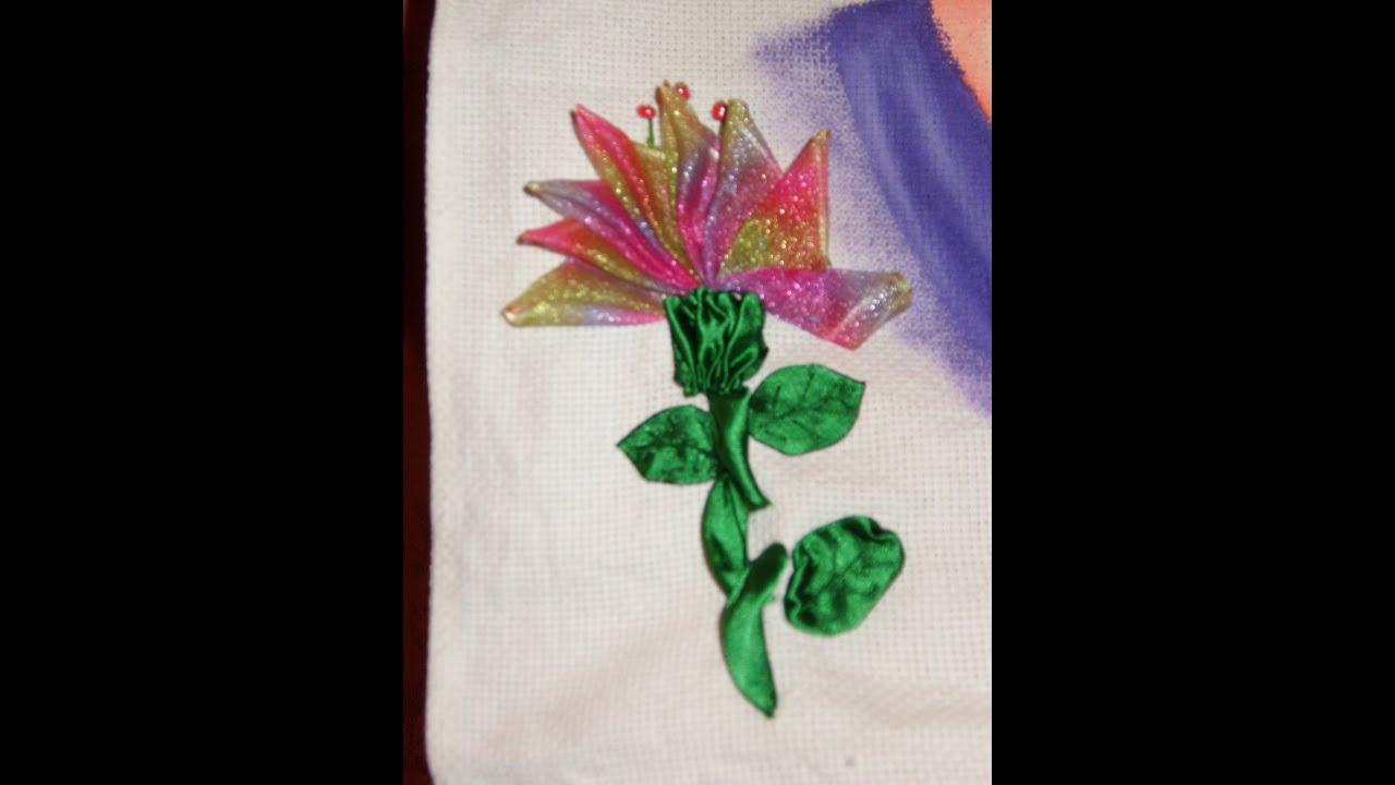 DIY Cómo bordar una hermosa flor en listón/cintas - YouTube