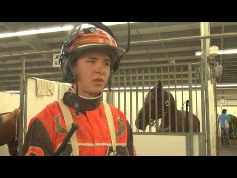 Horse Racing - Raw footage