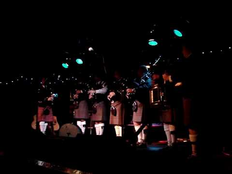 Macalester College Pipe Band--The Unknown Air, McGuire's ...