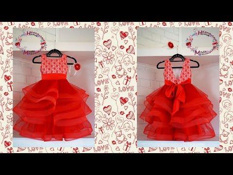 Пышное нарядное красное платье для девочки
