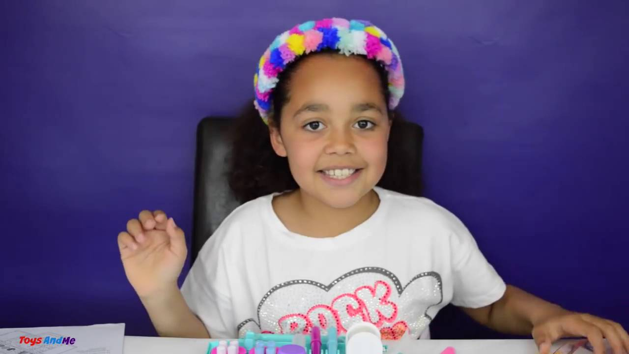 Pom Pom Wow Unboxing with Tiana from Toys and Me - YouTube