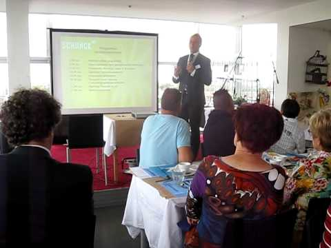 Opening ontbijtbijeenkomst door gedeputeerde van Limburg Mark Verheijen