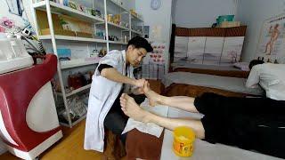 Массаж стоп в китайском массажном салоне