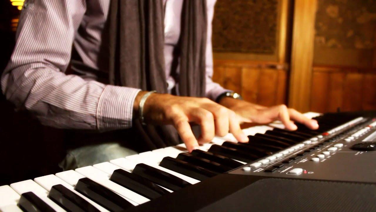 PA600 Arranger Keyboard