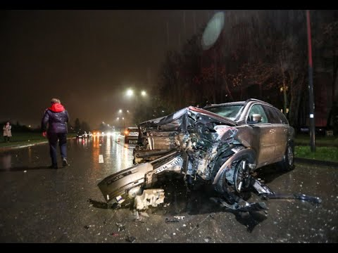 Volvo Crash. Volvo XC90 Vs BMW 7. Volvo For Life
