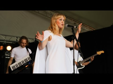 Moon Tourists - Darling (Reading 2015)