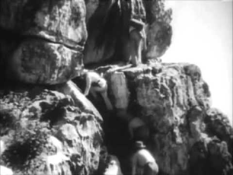 "King Solomon's Mines (1937)- Paul Robeson sings ""Climbing Up"""