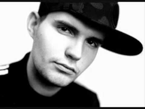 Слушать онлайн Noize MC - Бассейн Rap