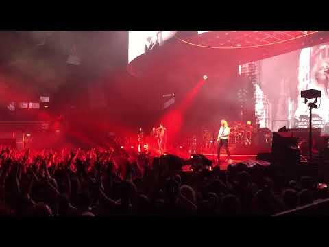 Queen+Adam Lambert - Radio Ga Ga (Vienna 08.11.17)