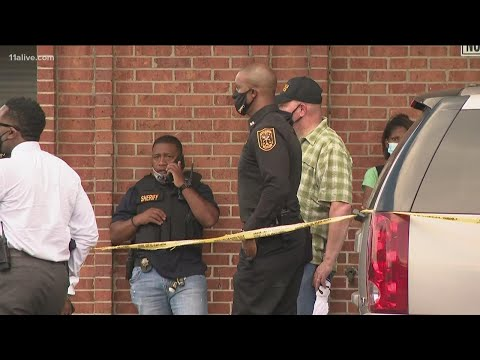Supermarket employee shot, killed over mask policy