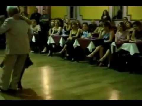 Ruben y Cherie Bailen una Milonga