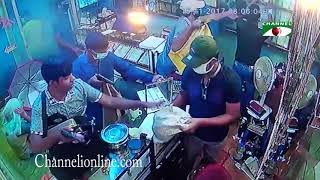 মানিকগঞ্জে পিস্তল ঠেকিয়ে সোনার দোকান লুট