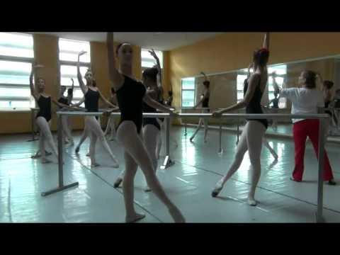 Ejercicio Calentamiento de Ballet - ENB CUBA