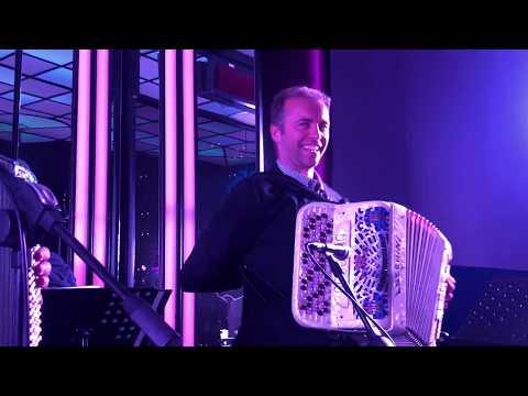 Orchestra EMILIA ROMAGNA BAND - LISCIO A MADRID valzer per fisa. Musica di Vittorio Borghesi.