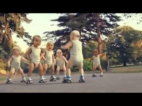 اطفال يرقصون علي اغنية بشرة خير حسين الجسمي   YouTube thumbnail