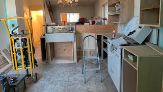 The Potters House Part 8, Kitchen Build Begins!