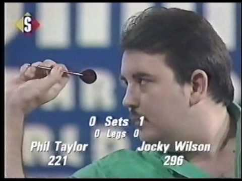 Phil Taylor vs. Jocky Wilson - 1990 BDO Winmau World Masters