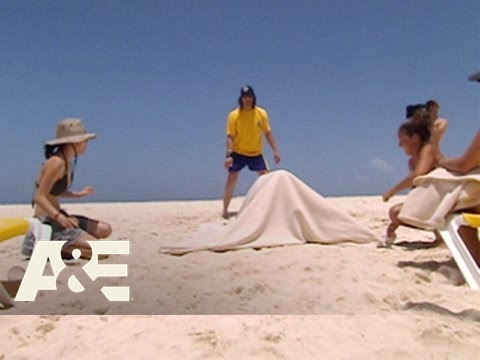 Criss Angel Mindfreak: Beach Trick | A&E