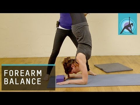 How to get into a Forearm Balance,Yoga Pose Pincha Mayurasana