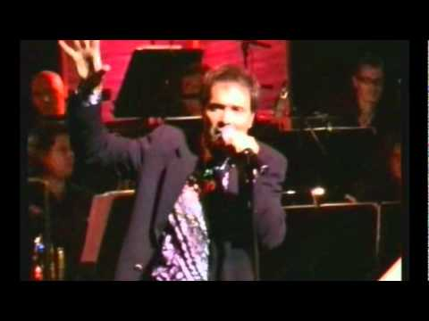 Cliff Richard - Devil Woman (unreleased live version, 2005 - HQ sound)