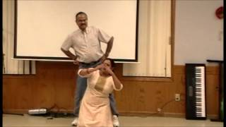 Ellarum Chollanu Dance Performed by Anu George (as Miss Kumari) & George Stanly (as Mr Sathayan)