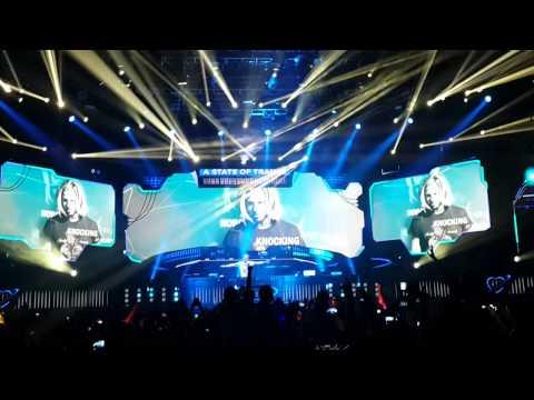 Armin Van Buuren Future Music Festival Asia 2014