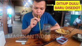 Kopi Khop Aceh, Aneh Mau Minum Kopi Tapi Gelasnya di Balik, Gimana Cara Minumnya???
