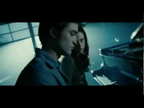 Twilight Piano Scene (Edward And Bella)