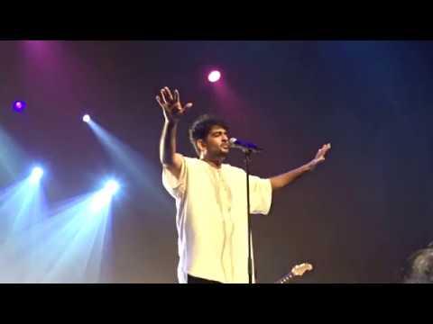 Thalli Pogathey-Sid Sriram Live in Singapore 2018
