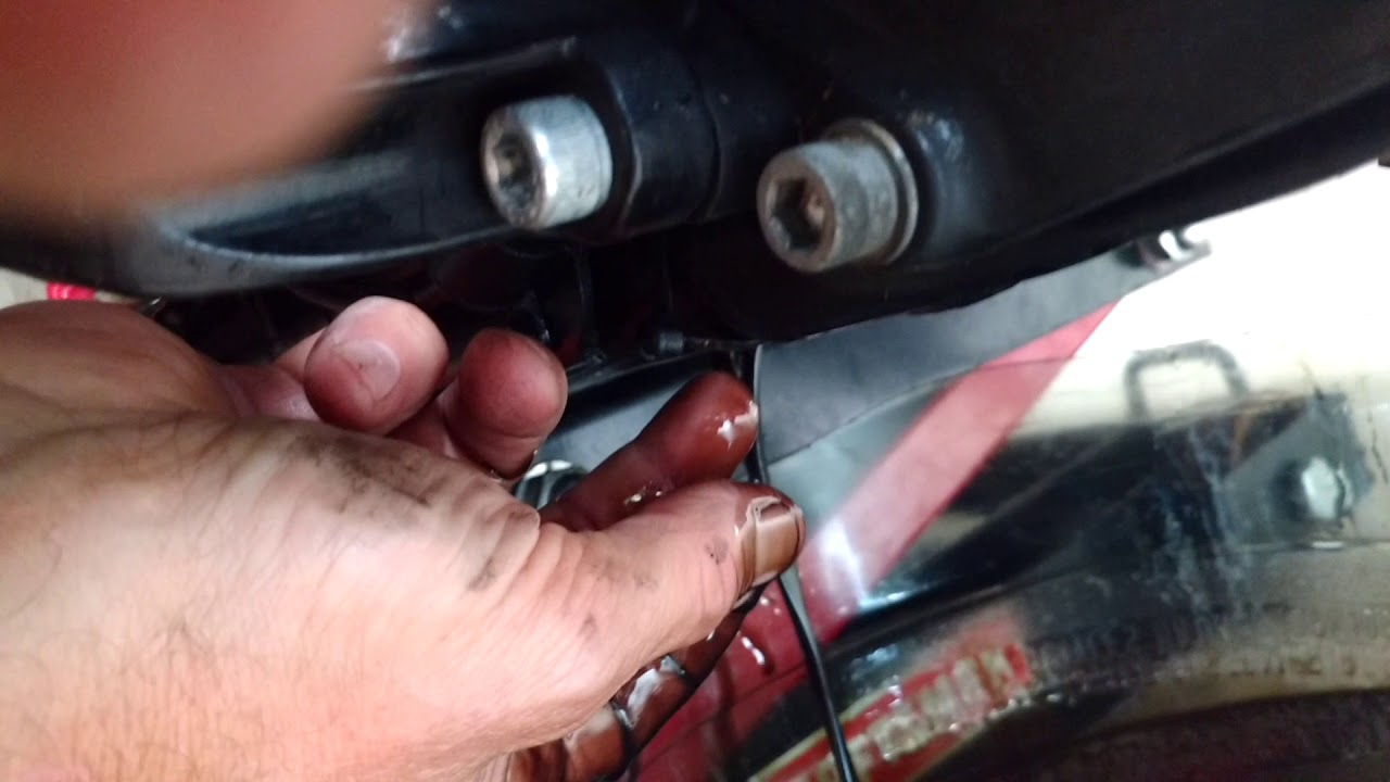 M8 Harley Davidson oil sumping 2nd video