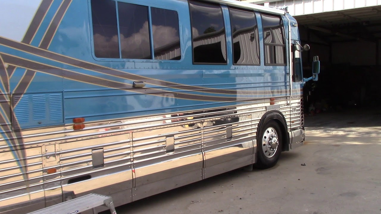RV Detailing - Prevost Coach Final Results & Products Used