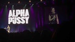 Carolin Kebekus Alpha Pussy 9.2.2017 Oberhausen König Pilsener Arena