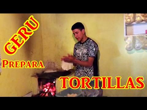 Geru Garcia Canta Que Chulos Ojos Mientras Nos Prepara Unas Ricas Tortillas En El Rancho