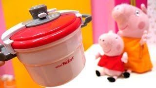Детские игрушки — Про Пеппу и Маму Свинку — Покупаем скороварку