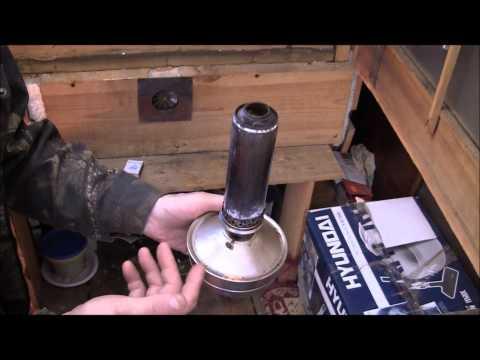 Самодельный инкубатор на керосиновой лампе. Автор Сергей Бодров